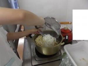 大根の味噌汁作り8